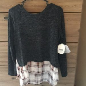 Altar'd State Sweater/Blouse - Charcoal - Med NWT